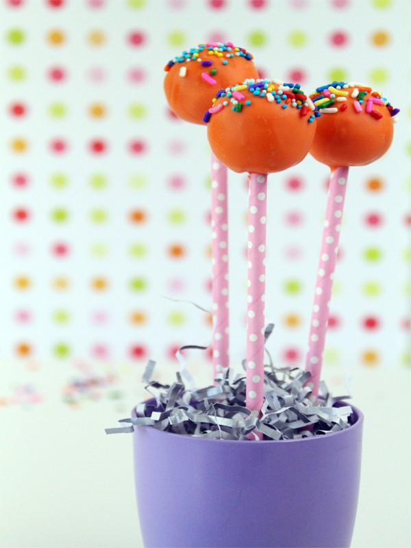 How to Make a Basic Cake Pop