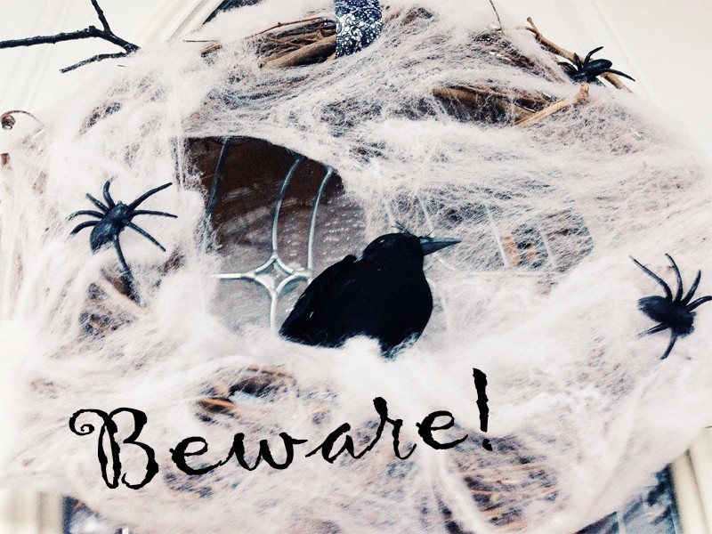 Creepy Cobweb Halloween Wreath 1