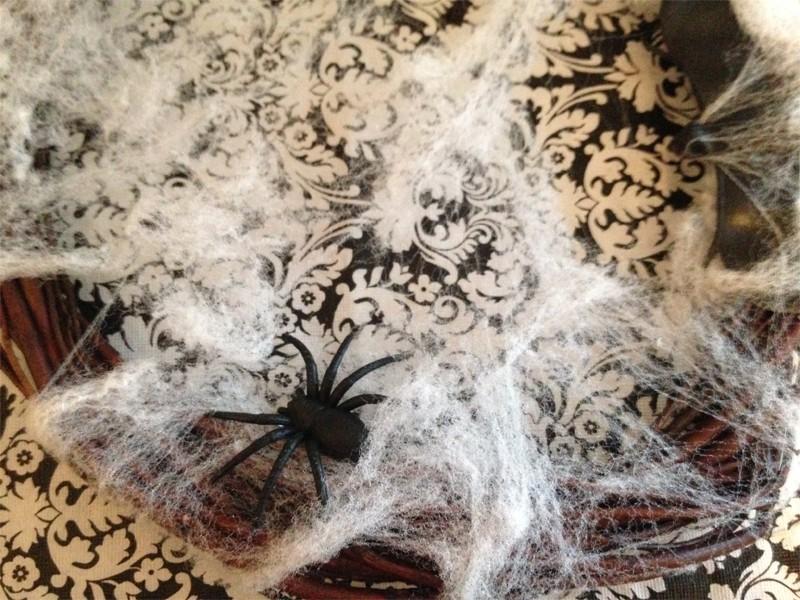 Creepy Cobweb Halloween Wreath 12