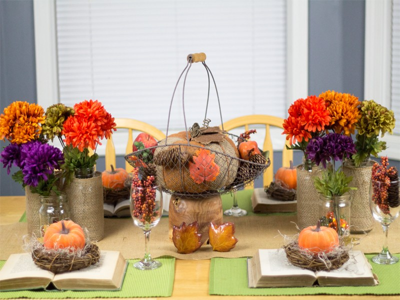 Burlap and Vintage Inspired Thanksgiving Tablescape 3
