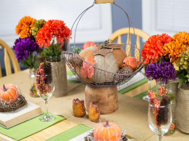Burlap and Vintage Inspired Thanksgiving Tablescape 4