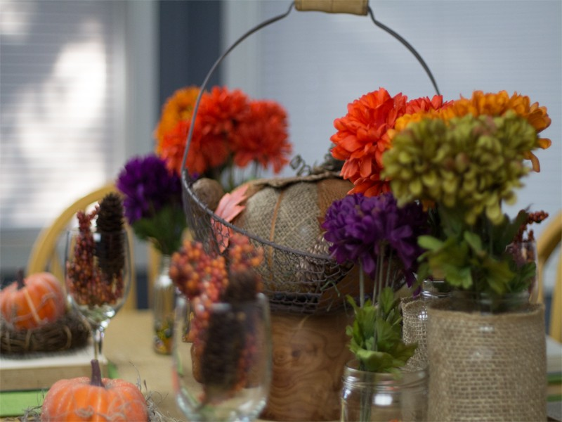 Burlap and Vintage Inspired Thanksgiving Tablescape 7