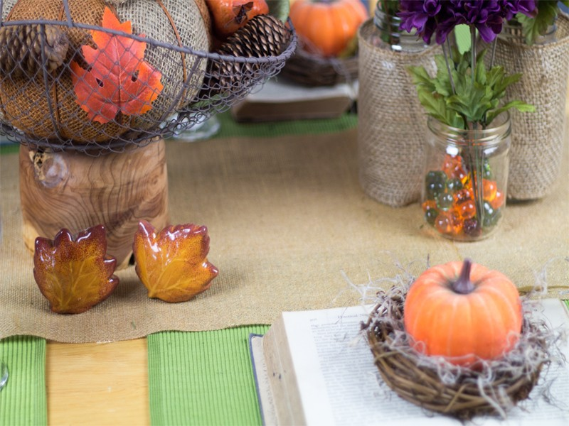 Burlap and Vintage Inspired Thanksgiving Tablescape 8