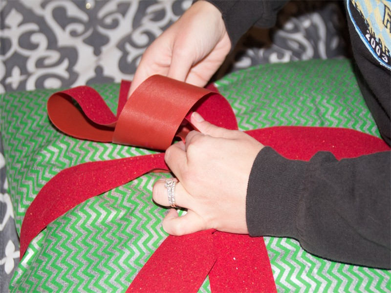Christmas Present Pillows 8