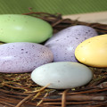 Ideas for an Inexpensive Easter Tablescape
