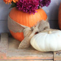 Decorate Your Fall Porch in 10 Minutes