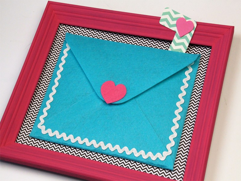 The Most Adorable Valentines Letter Holder