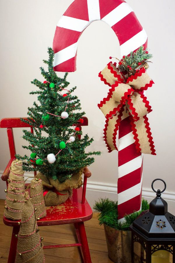 Giant Candy Cane Decoration Using Styrofoam Southern Couture