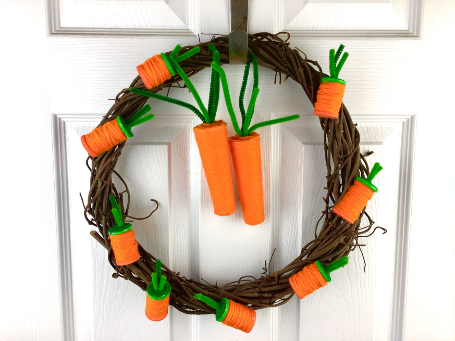 Baby Carrot Wreath Tutorial for Spring