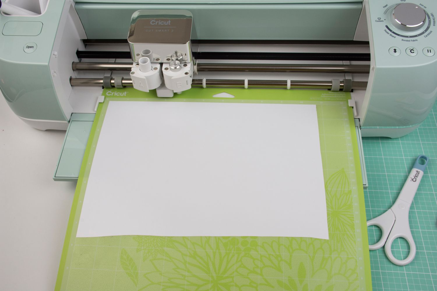How To Use Iron On Vinyl With Cricut Explore Air 2 Southern Couture